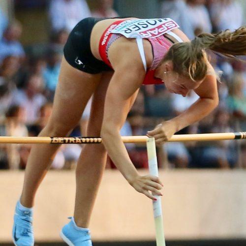 Angelica Moser springt U23 Rekord und erfüllt Hallen EM Limite!
