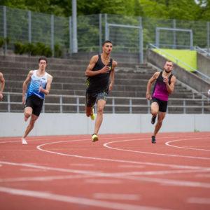 Ricky läuft in Hengelo 45,94 Sek!